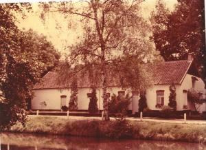 In dit huis werd mijn moeder geboren...pure romantiek lijkt het wel.. helaas, die goeie ouwe tijd was voor velen niet zo mooi..
